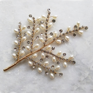 Short Bridal Hair Vine - Gold, crystal and Pearl