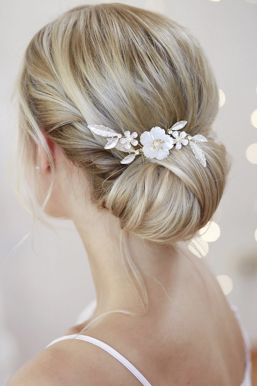 30  Gorgeous bridal hair updos to Inspire you